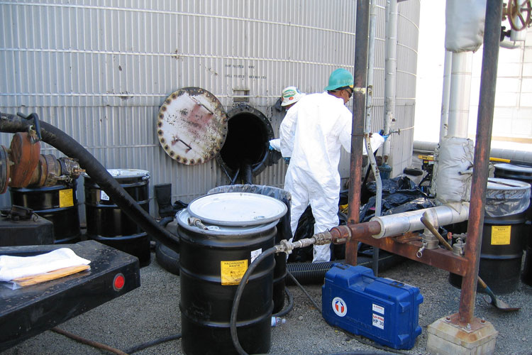 Cleaning the piping of a petroleum tank in pittsburg, california