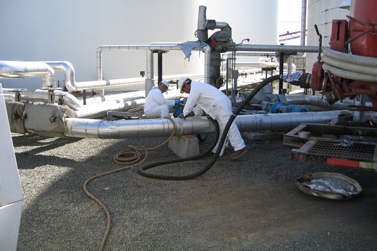 industrial cleaning of poduct Lines on a manufacturing plant